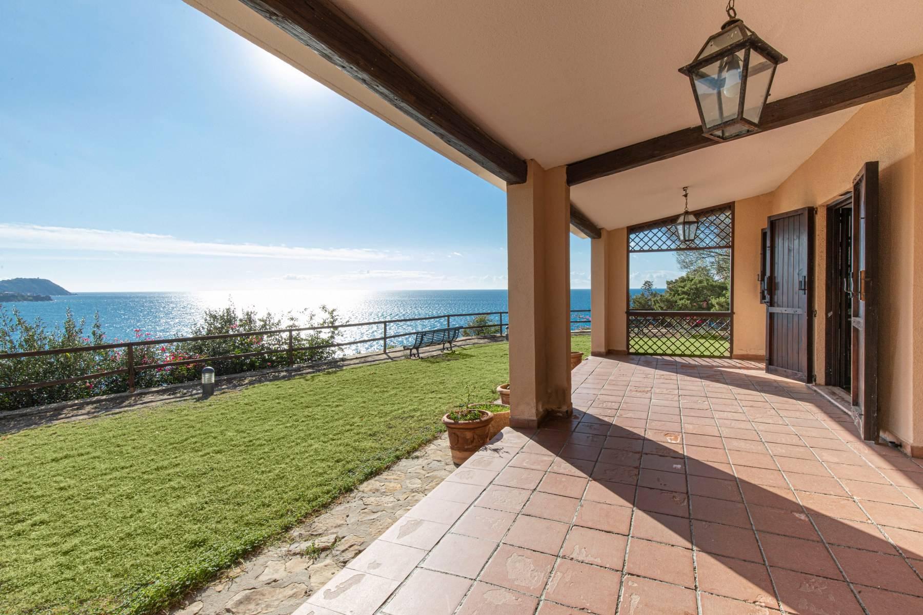 Villa in Vendita a Quartu Sant'Elena: 5 locali, 650 mq - Foto 8