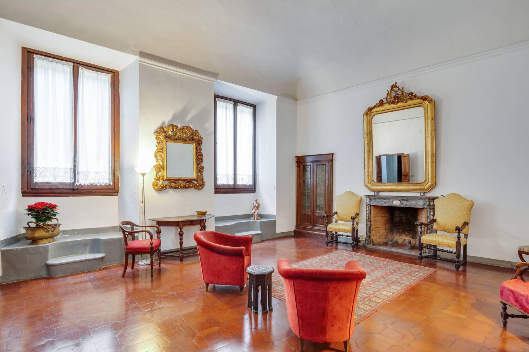 Appartamento in Vendita a Firenze: 5 locali, 210 mq - Foto 1