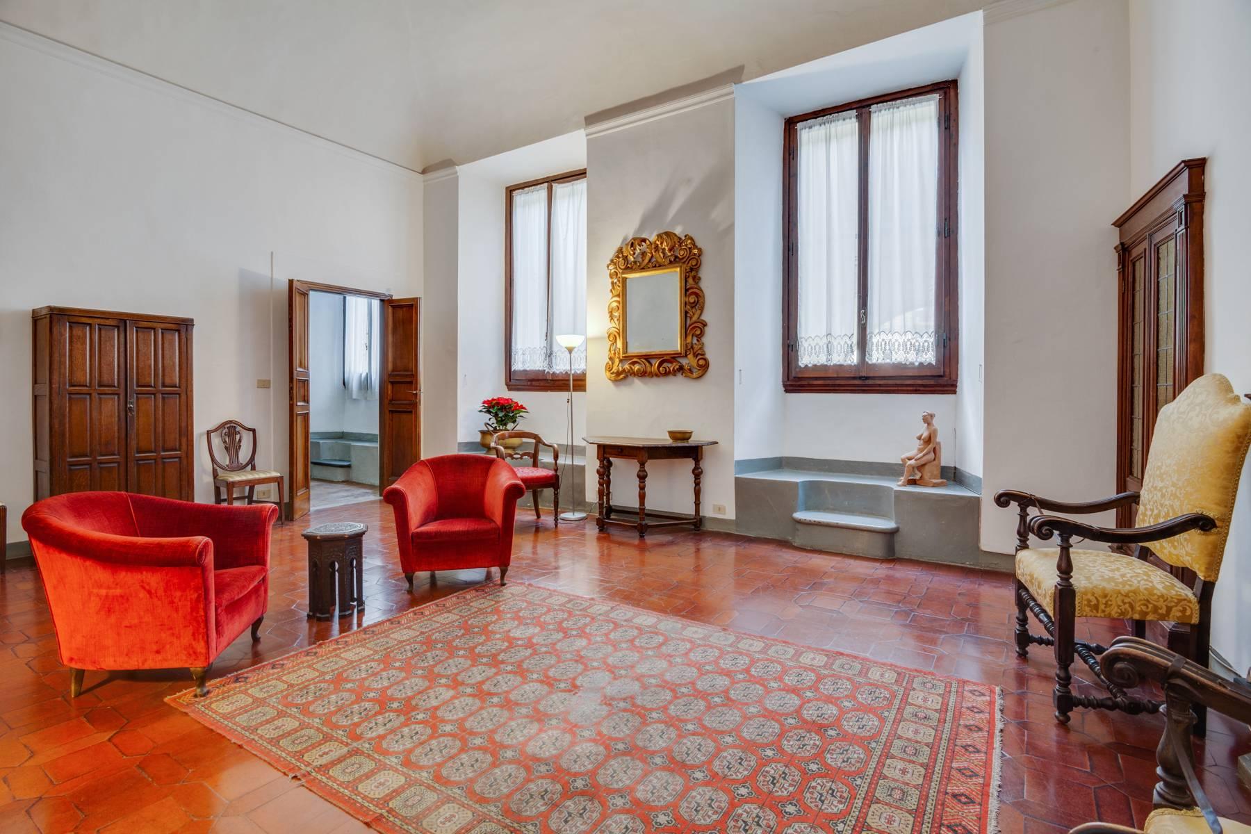 Appartamento in Vendita a Firenze: 5 locali, 210 mq - Foto 2