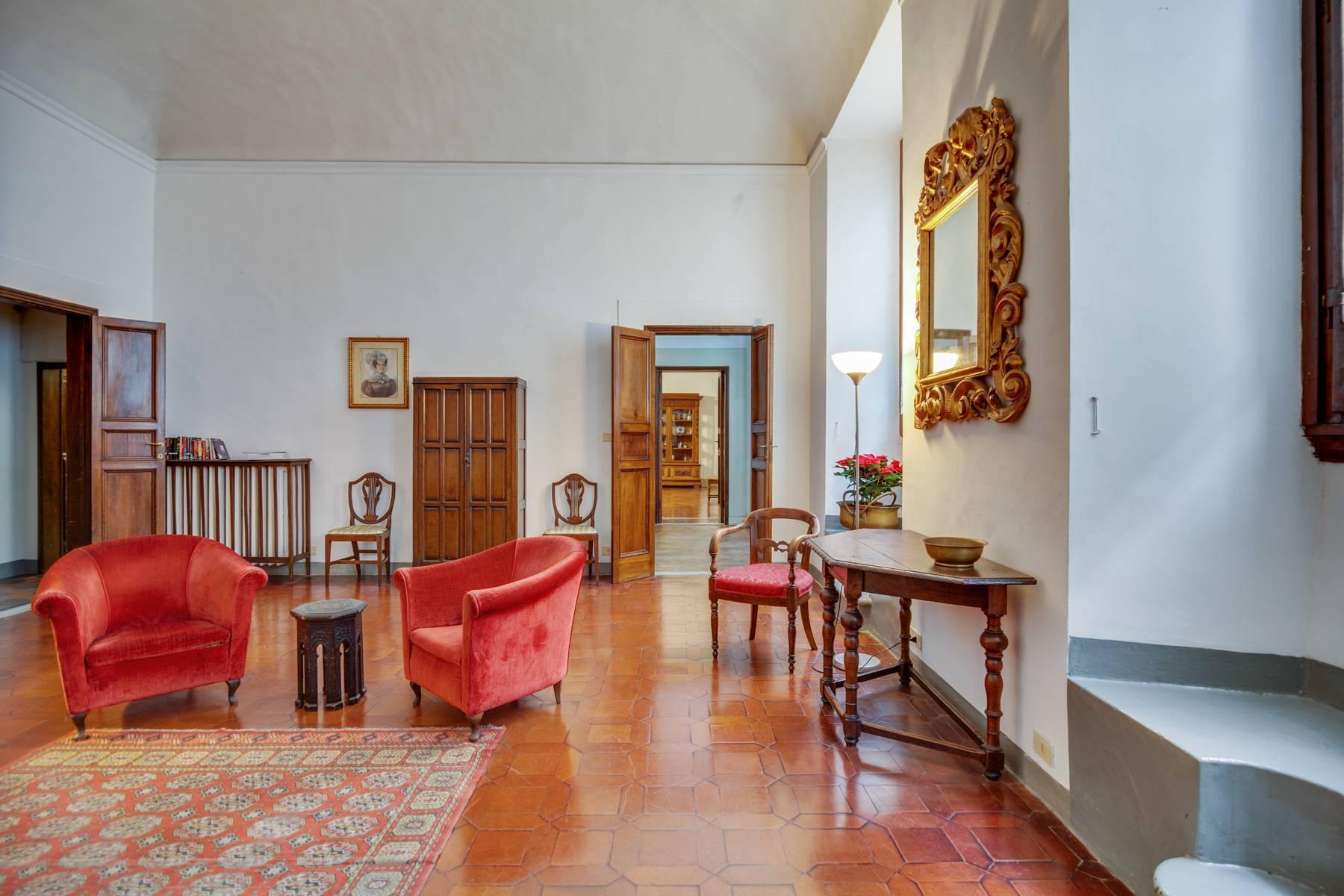 Appartamento in Vendita a Firenze: 5 locali, 210 mq - Foto 3