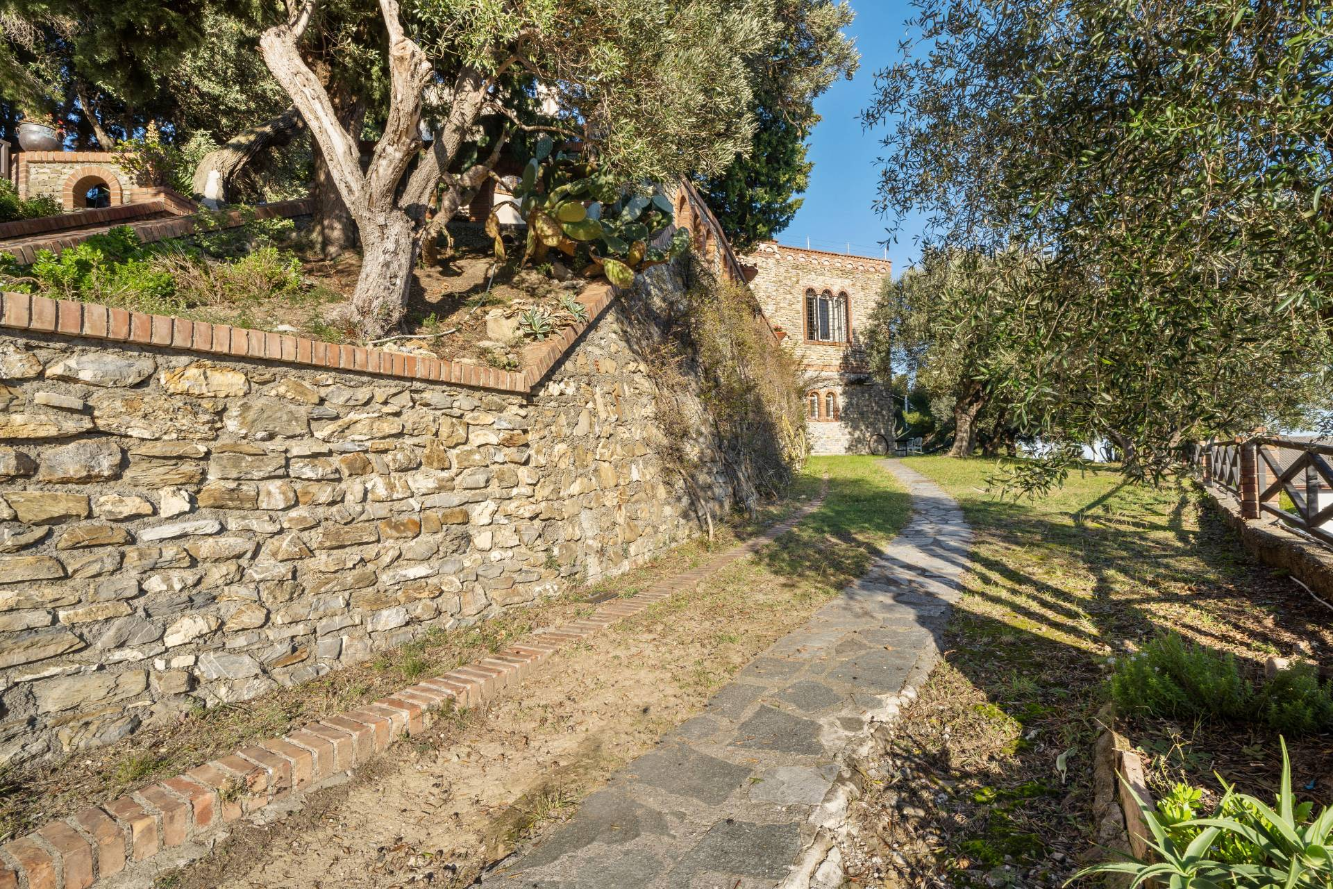Villa in Vendita a Albenga: 5 locali, 218 mq - Foto 15