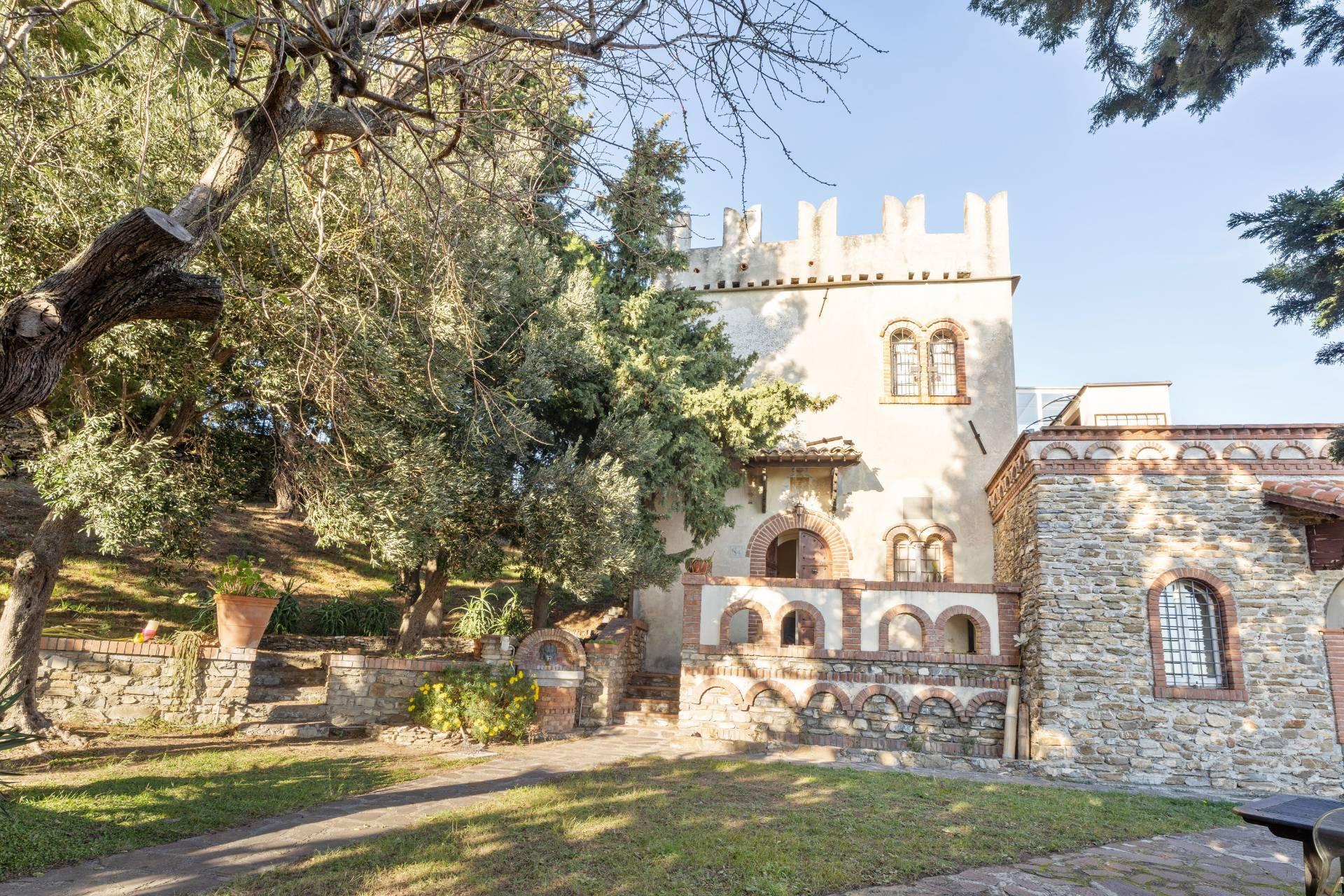 Villa in Vendita a Albenga: 5 locali, 218 mq - Foto 5