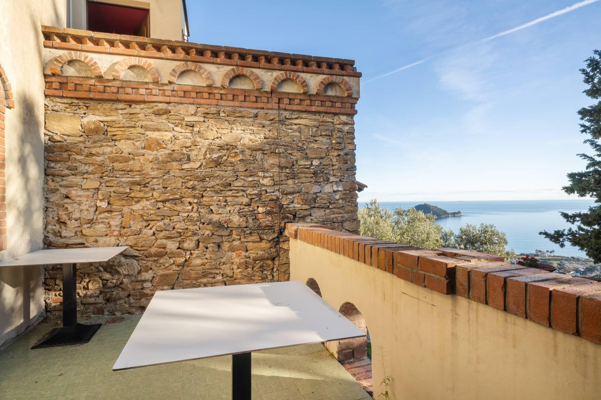 Villa in Vendita a Albenga: 5 locali, 218 mq - Foto 9