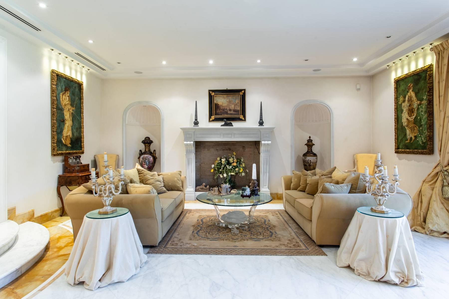 Villa in Vendita a Roma: 5 locali, 1700 mq - Foto 8