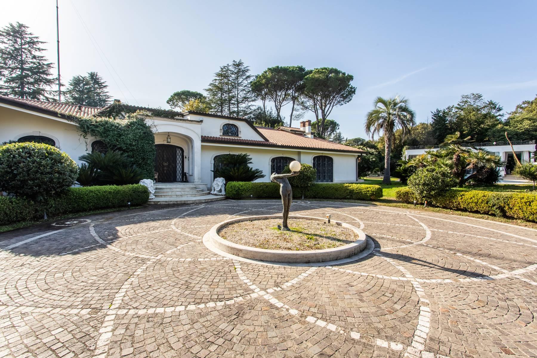 Villa in Vendita a Roma: 5 locali, 1700 mq - Foto 4
