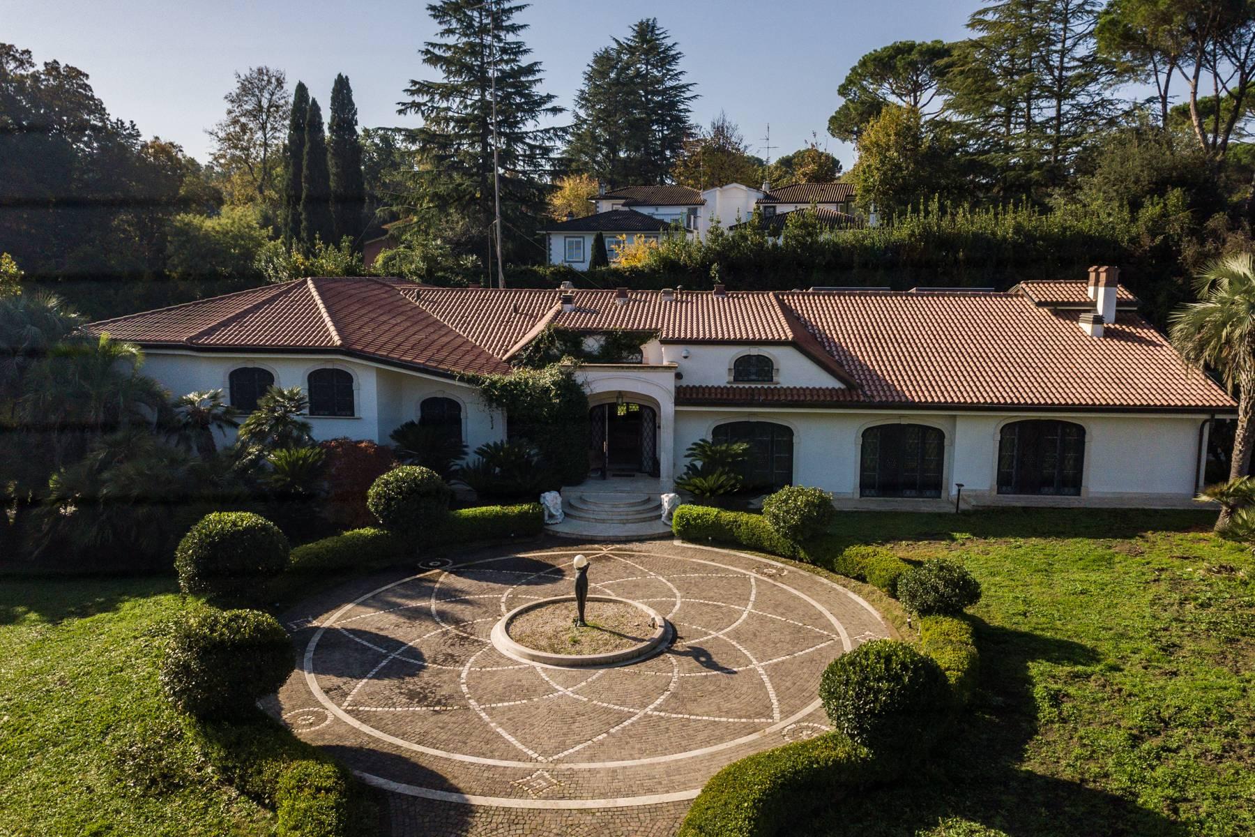 Villa in Vendita a Roma: 5 locali, 1700 mq - Foto 3