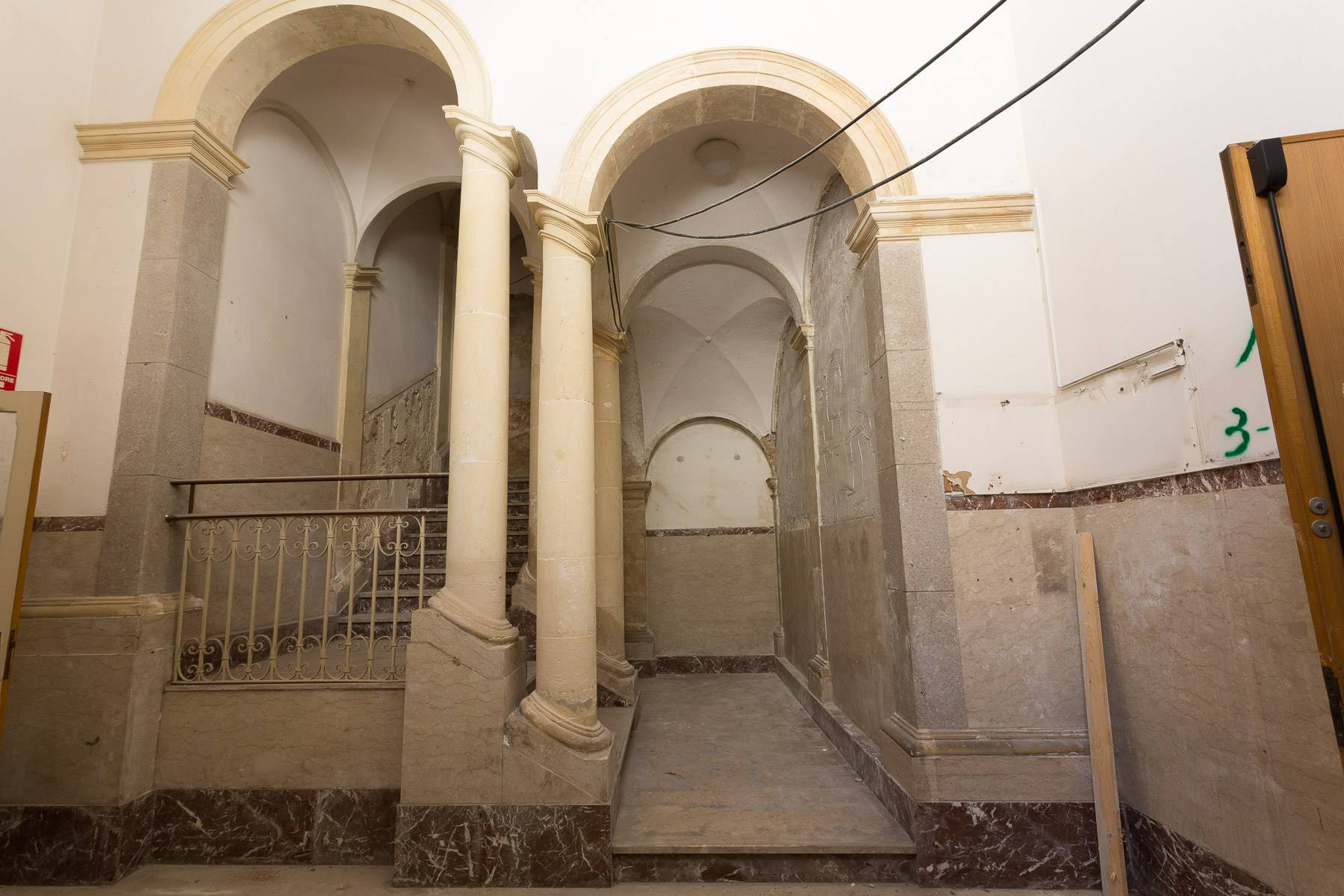 Palazzo in Vendita a Modica: 5 locali, 1800 mq - Foto 14