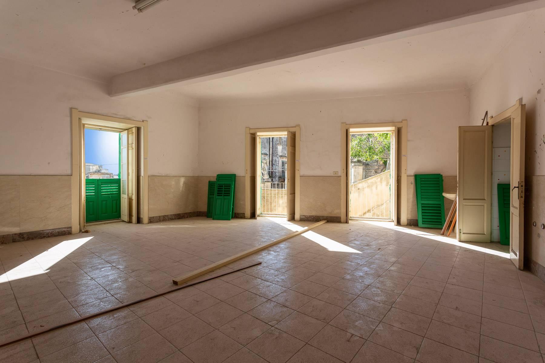 Palazzo in Vendita a Modica: 5 locali, 1800 mq - Foto 12