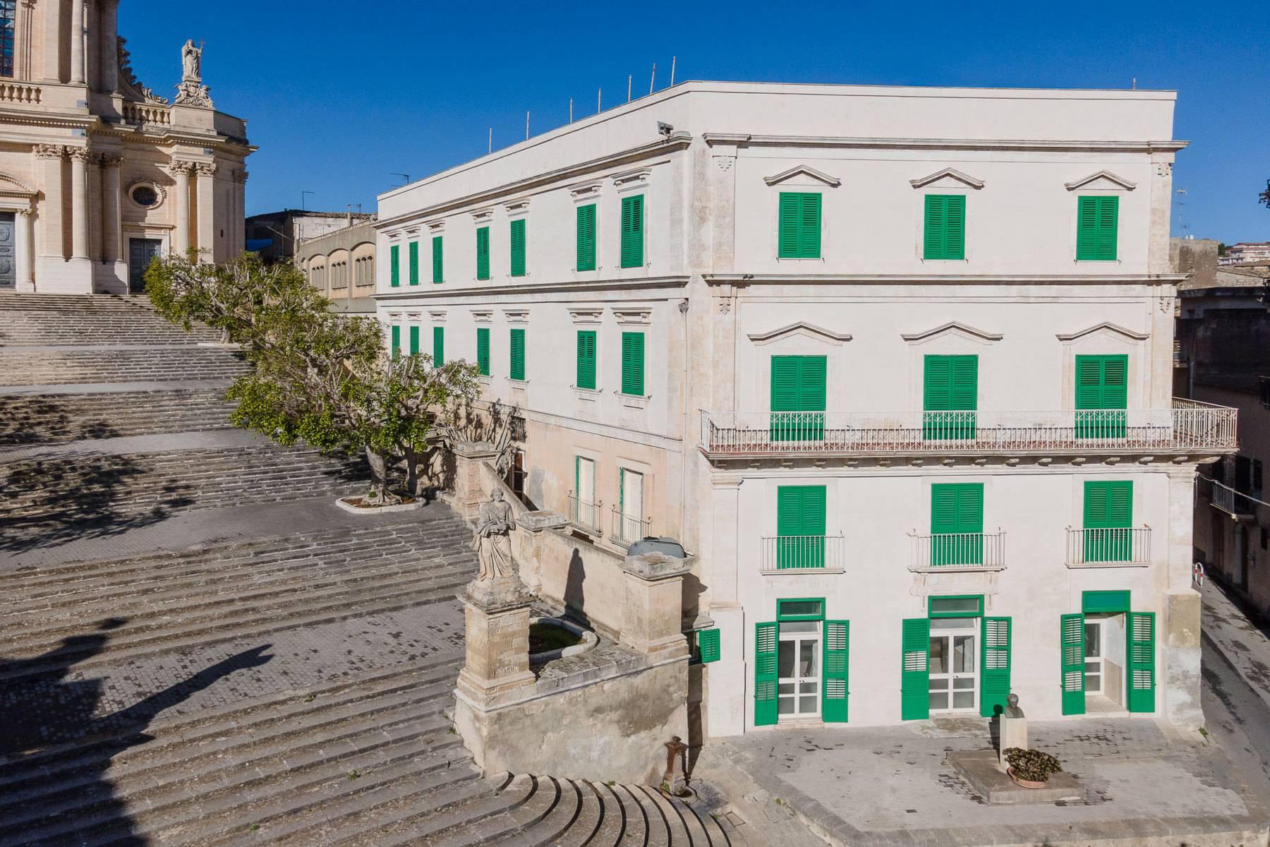 Casa indipendente in Vendita a Modica: 5 locali, 1800 mq - Foto 4
