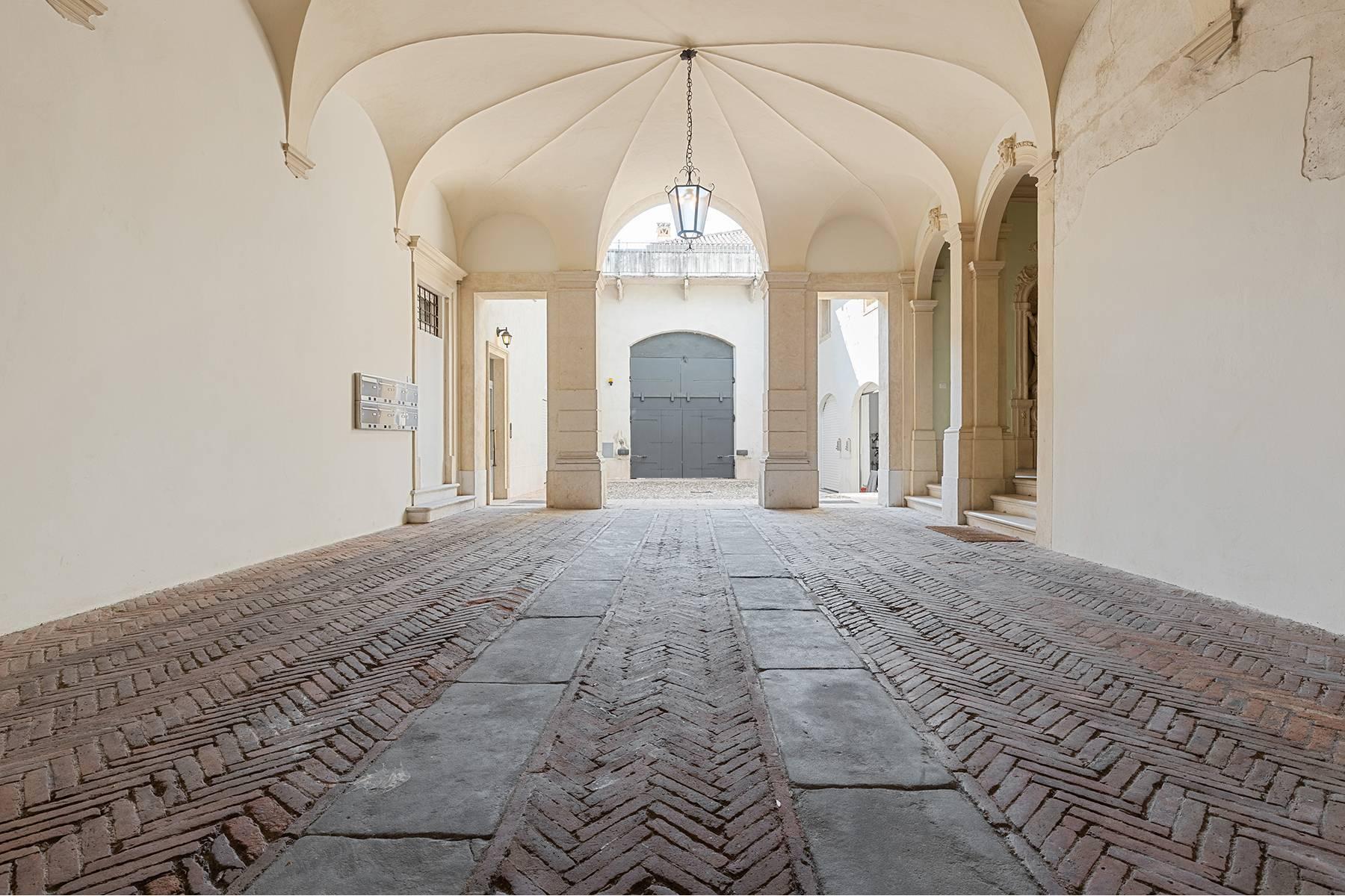 Attico in Vendita a Verona: 5 locali, 450 mq - Foto 11