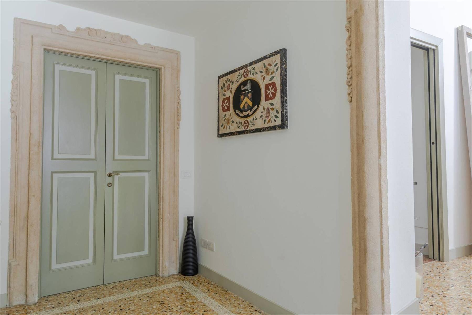Attico in Vendita a Verona: 5 locali, 450 mq - Foto 14