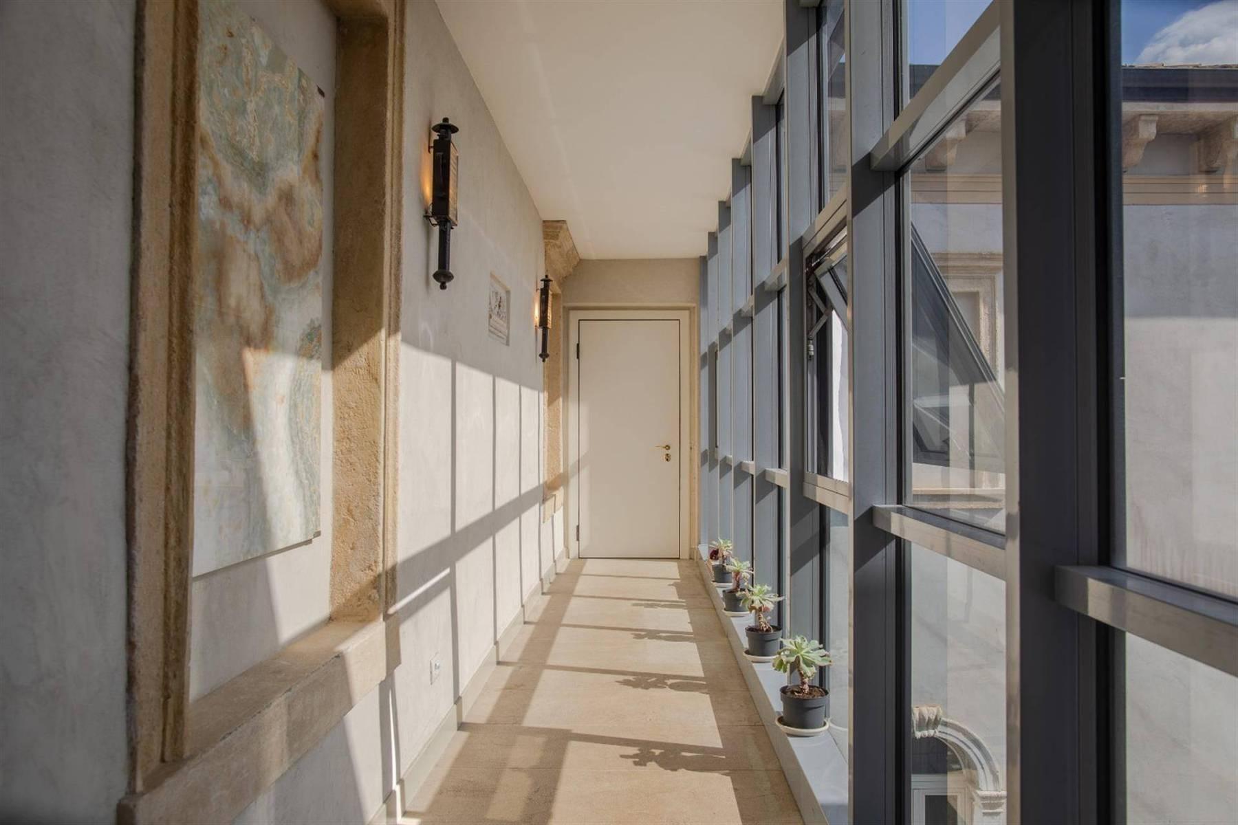 Attico in Vendita a Verona: 5 locali, 450 mq - Foto 4