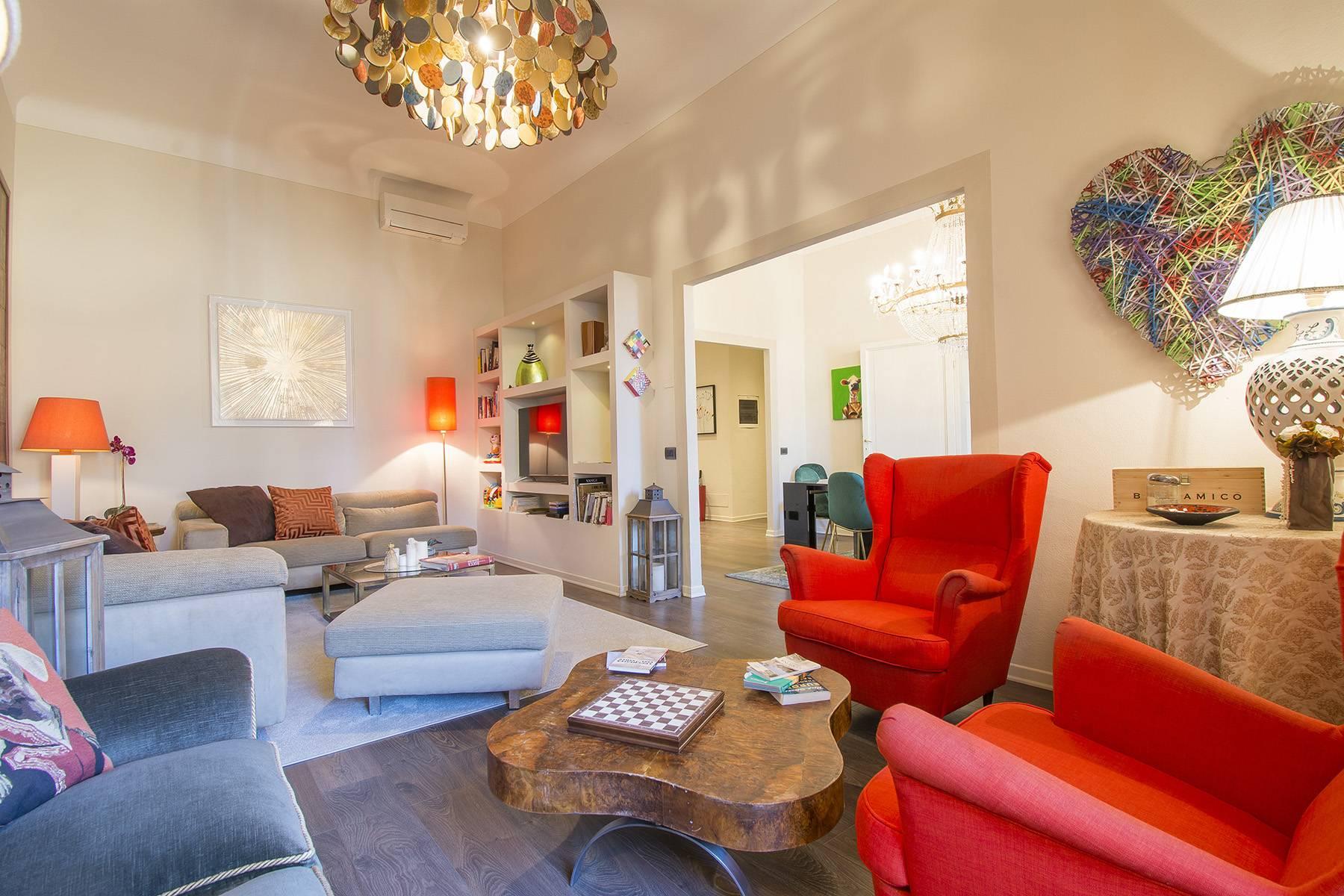 Appartamento in Vendita a Lucca: 5 locali, 200 mq - Foto 2