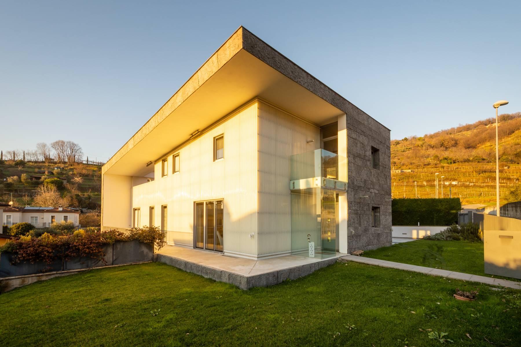 Villa in Vendita a Gussago: 5 locali, 618 mq - Foto 4