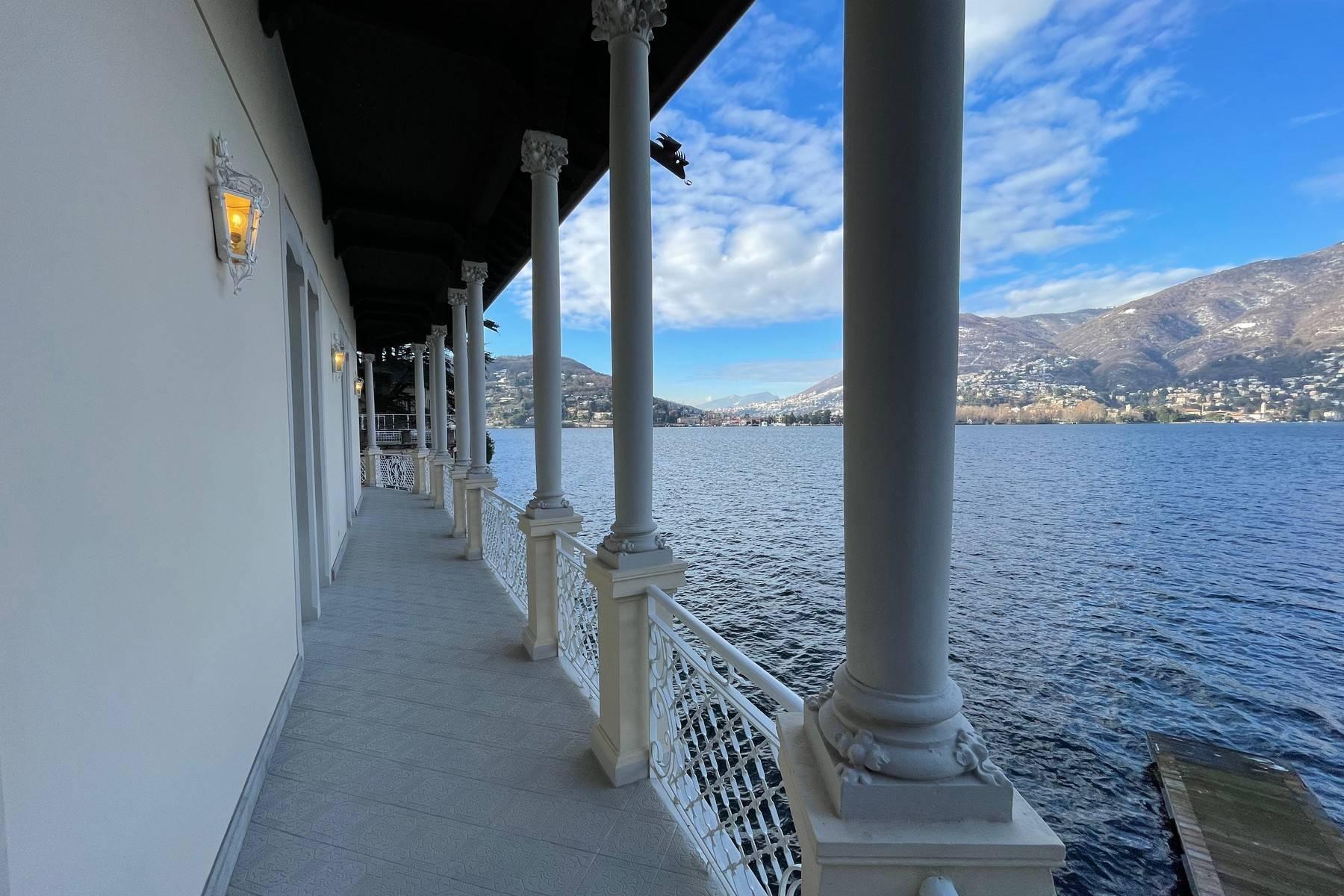 Villa in Vendita a Como: 5 locali, 800 mq - Foto 1
