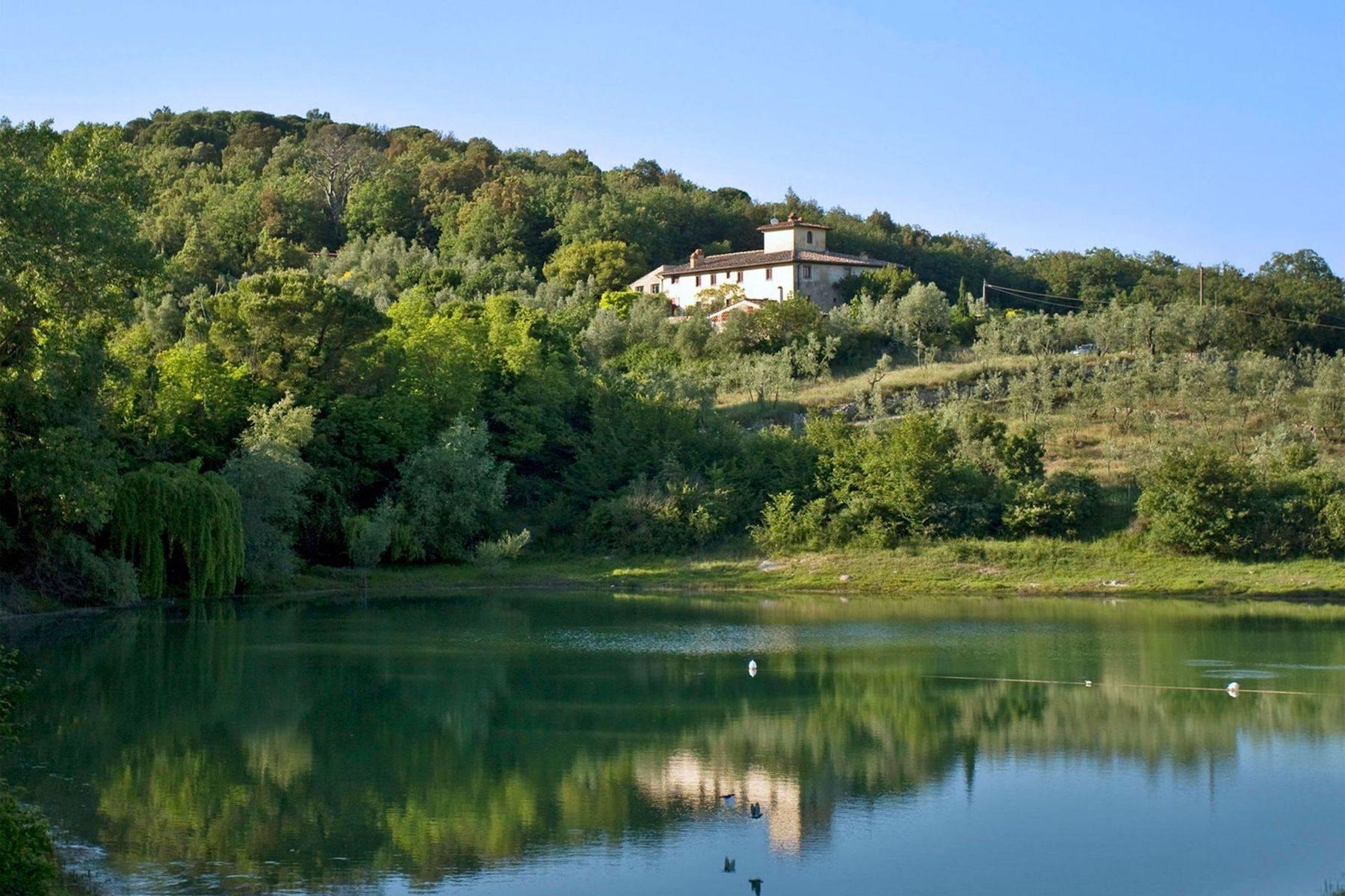 Villa in Vendita a Rignano Sull'Arno: 5 locali, 550 mq - Foto 1