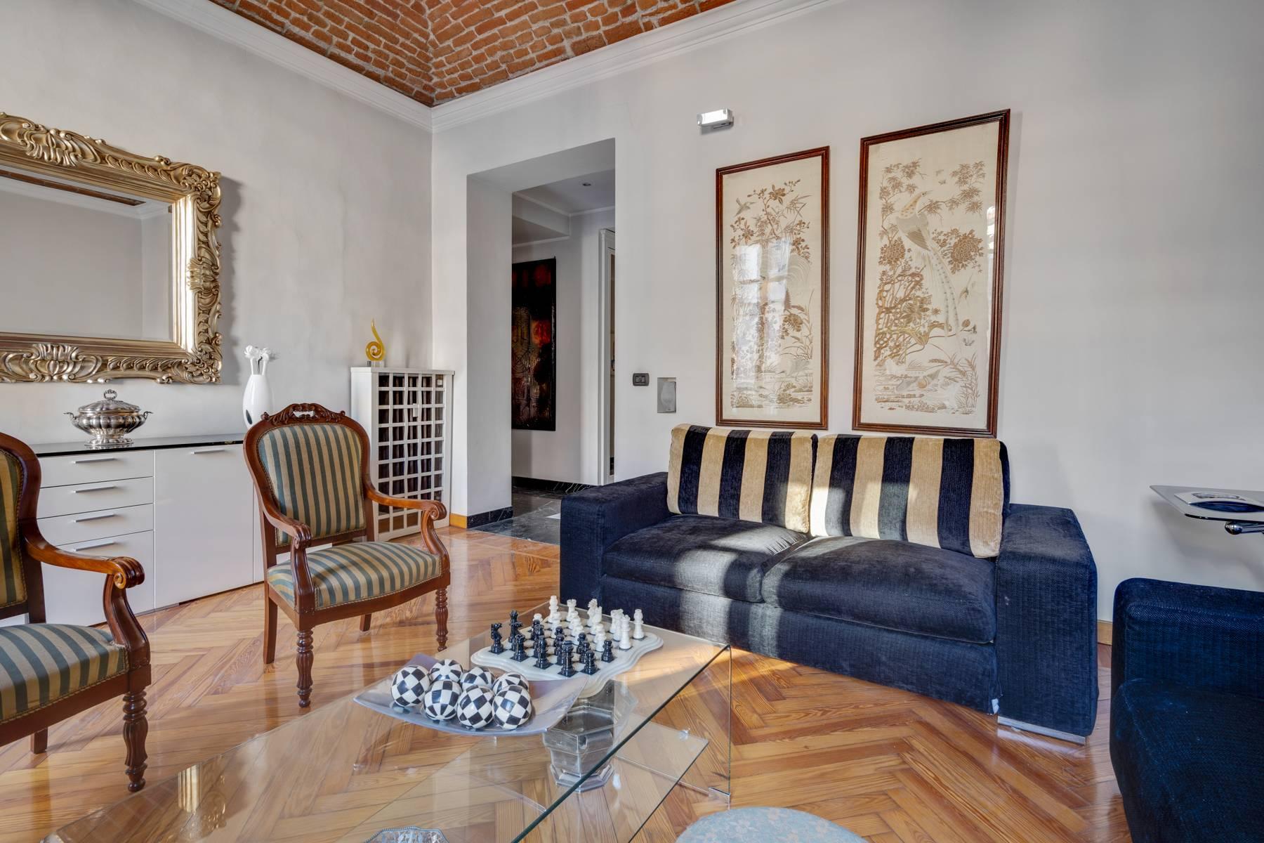 Appartamento in Vendita a Torino via della rocca