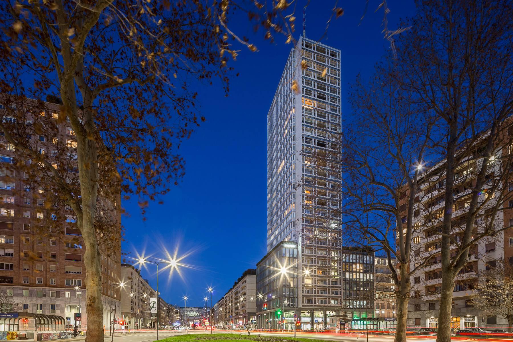 Appartamento in Affitto a Milano: 5 locali, 320 mq - Foto 2