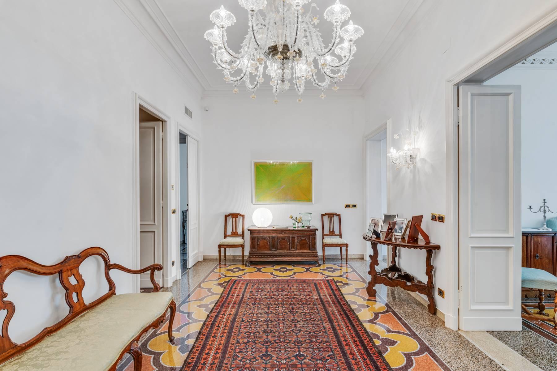 Appartamento in Vendita a Genova: 5 locali, 274 mq - Foto 3