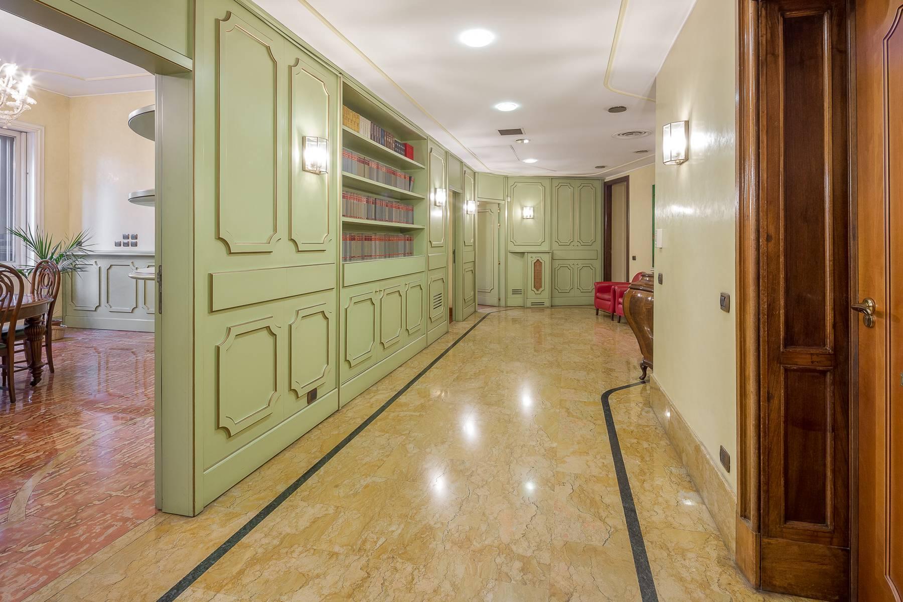 Ufficio-studio in Vendita a Milano: 5 locali, 470 mq - Foto 7