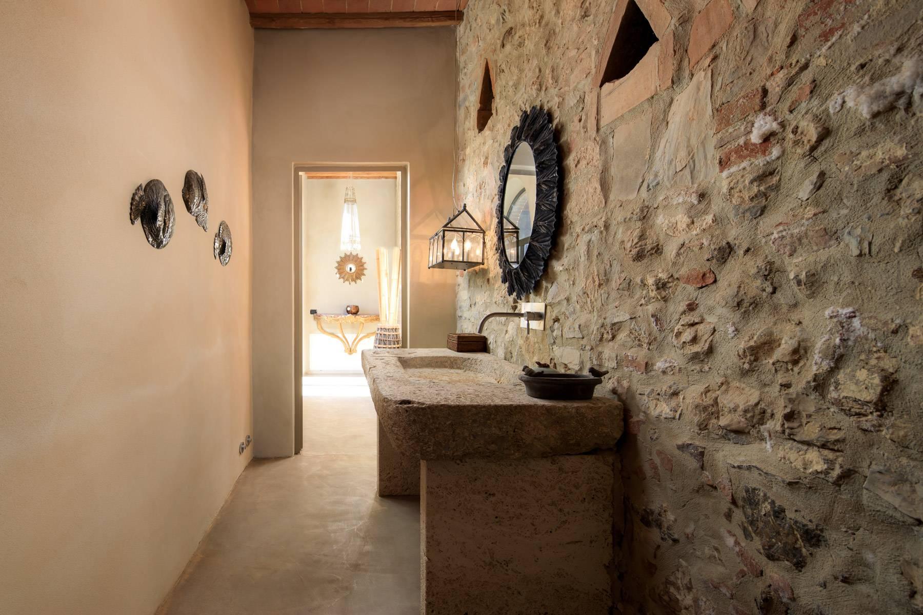 Rustico in Vendita a Castiglione D'Orcia: 5 locali, 716 mq - Foto 17