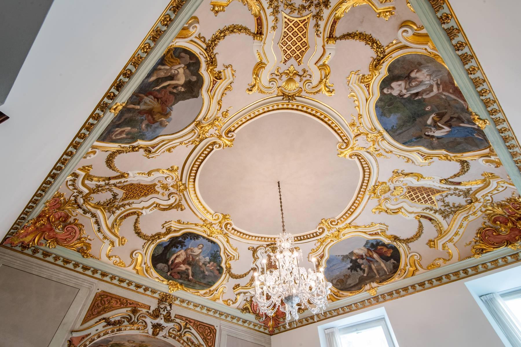 Appartamento in Vendita a Genova: 5 locali, 360 mq - Foto 2