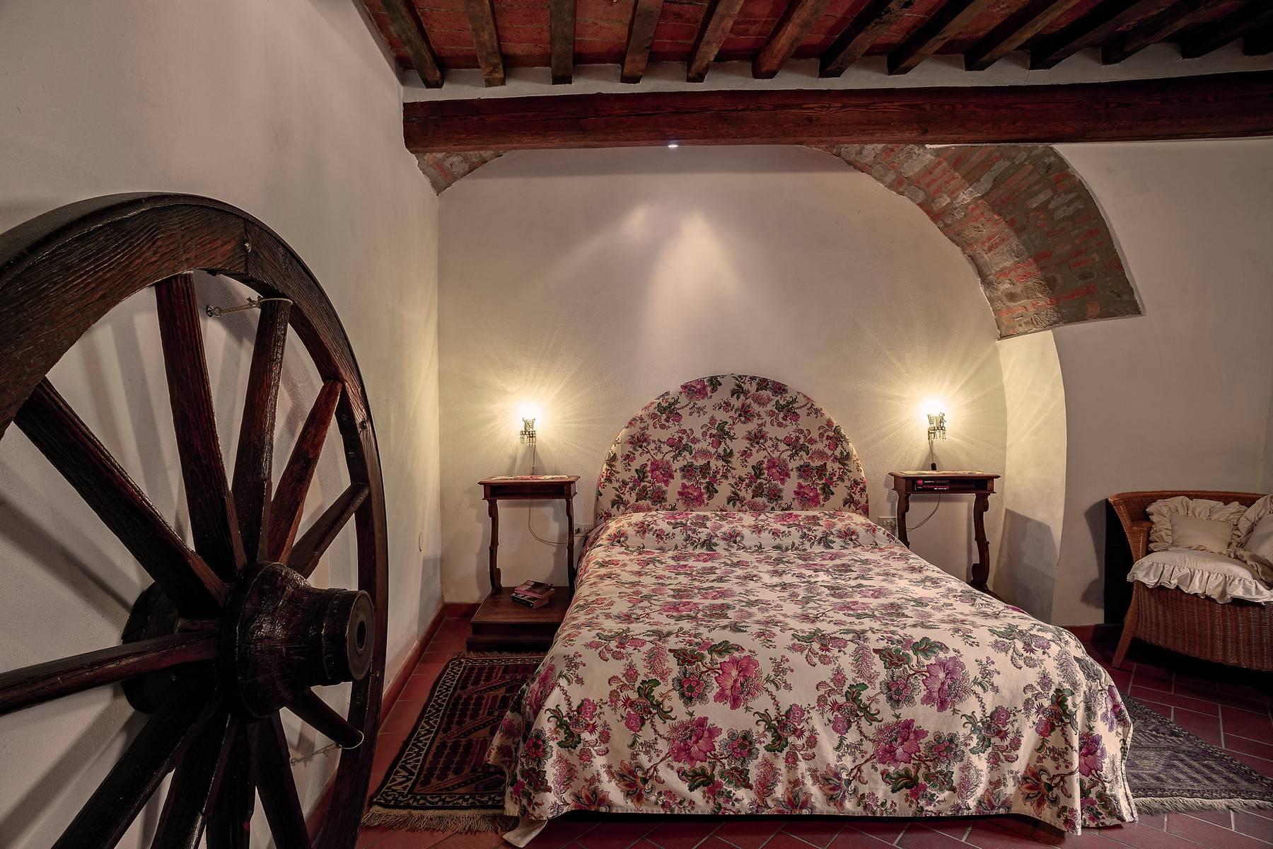 Villa in Vendita a Cortona: 5 locali, 985 mq - Foto 26