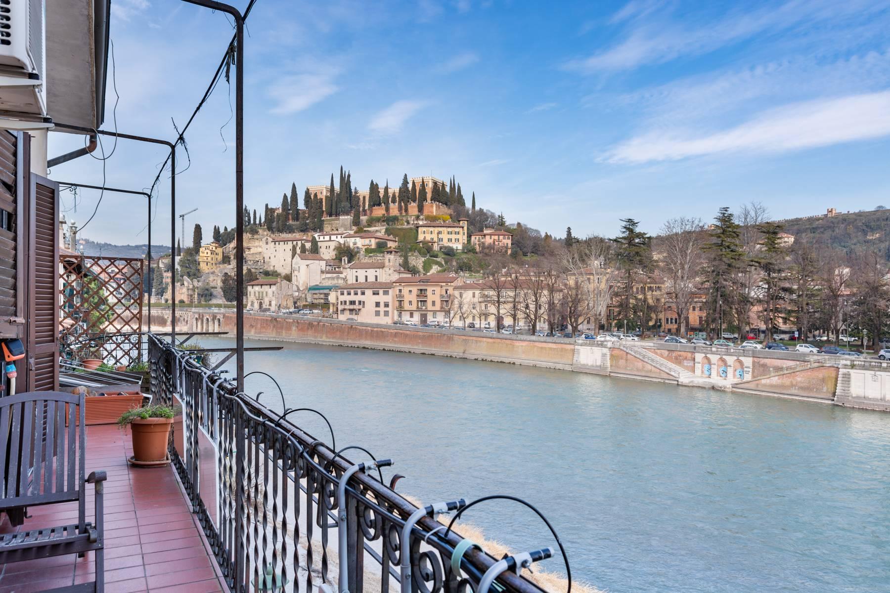 Attico in Vendita a Verona: 5 locali, 185 mq - Foto 2