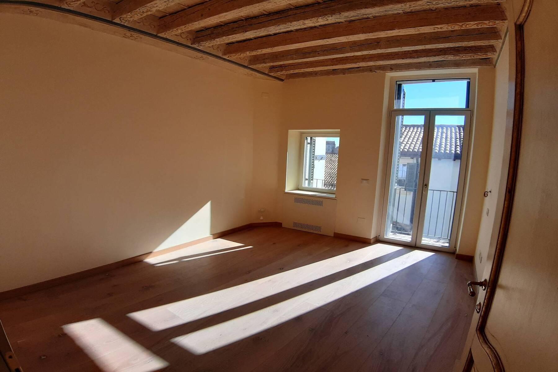 Appartamento in Vendita a Verona: 5 locali, 150 mq - Foto 15
