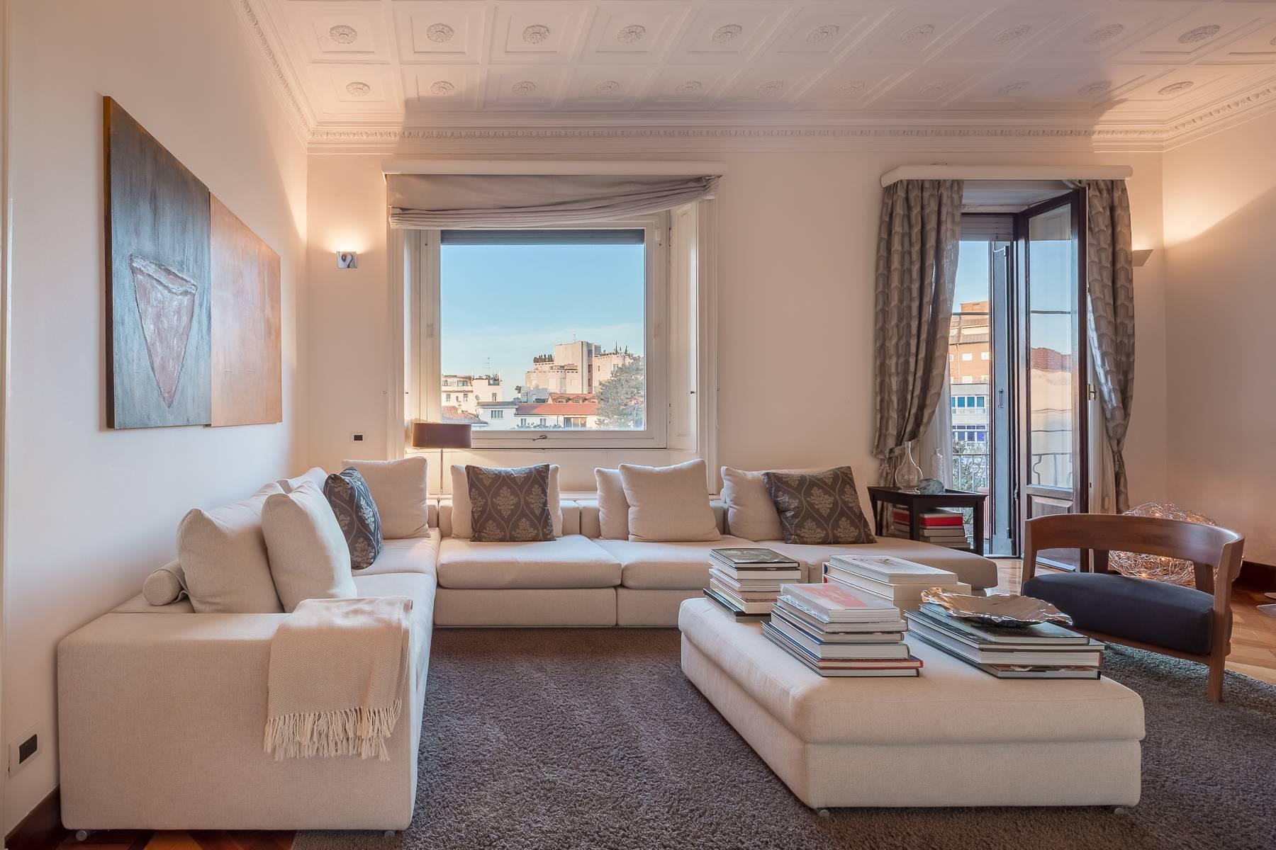 Appartamento in Affitto a Milano: 5 locali, 250 mq - Foto 2