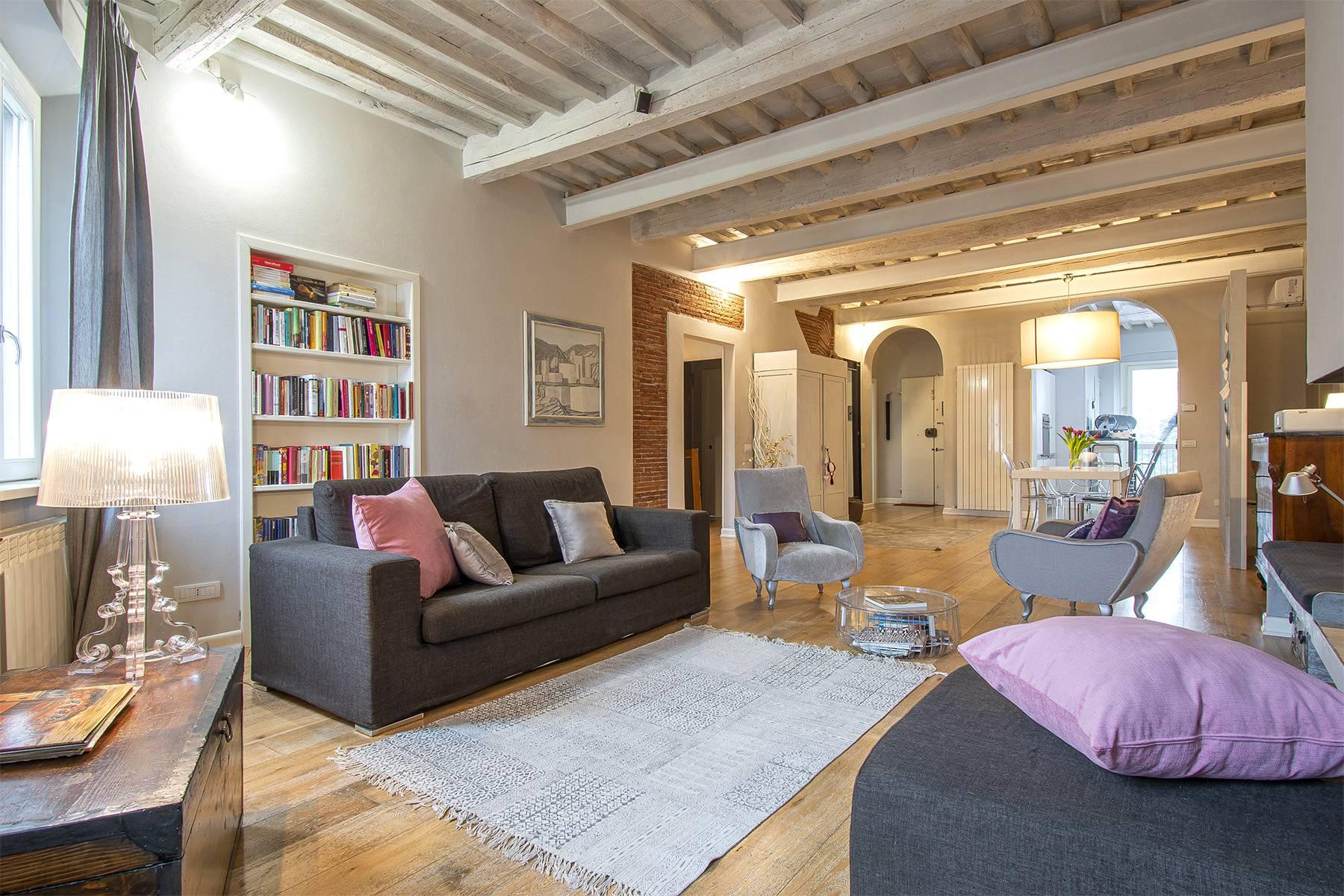 Appartamento in Vendita a Lucca: 5 locali, 120 mq - Foto 2
