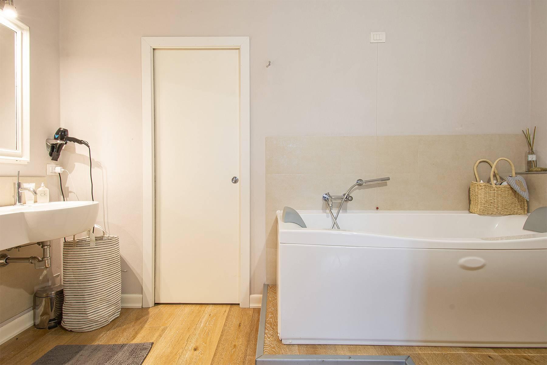 Appartamento in Vendita a Lucca: 5 locali, 120 mq - Foto 16