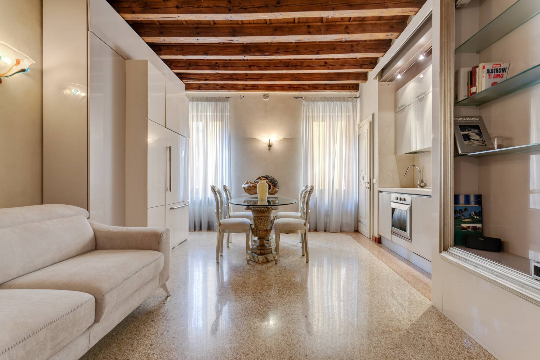 Appartamento in Vendita a Verona: 3 locali, 55 mq - Foto 1