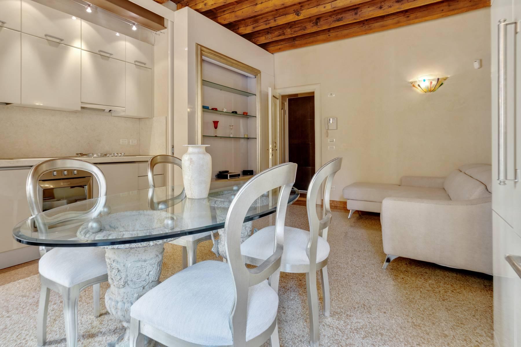 Appartamento in Vendita a Verona: 3 locali, 55 mq - Foto 3