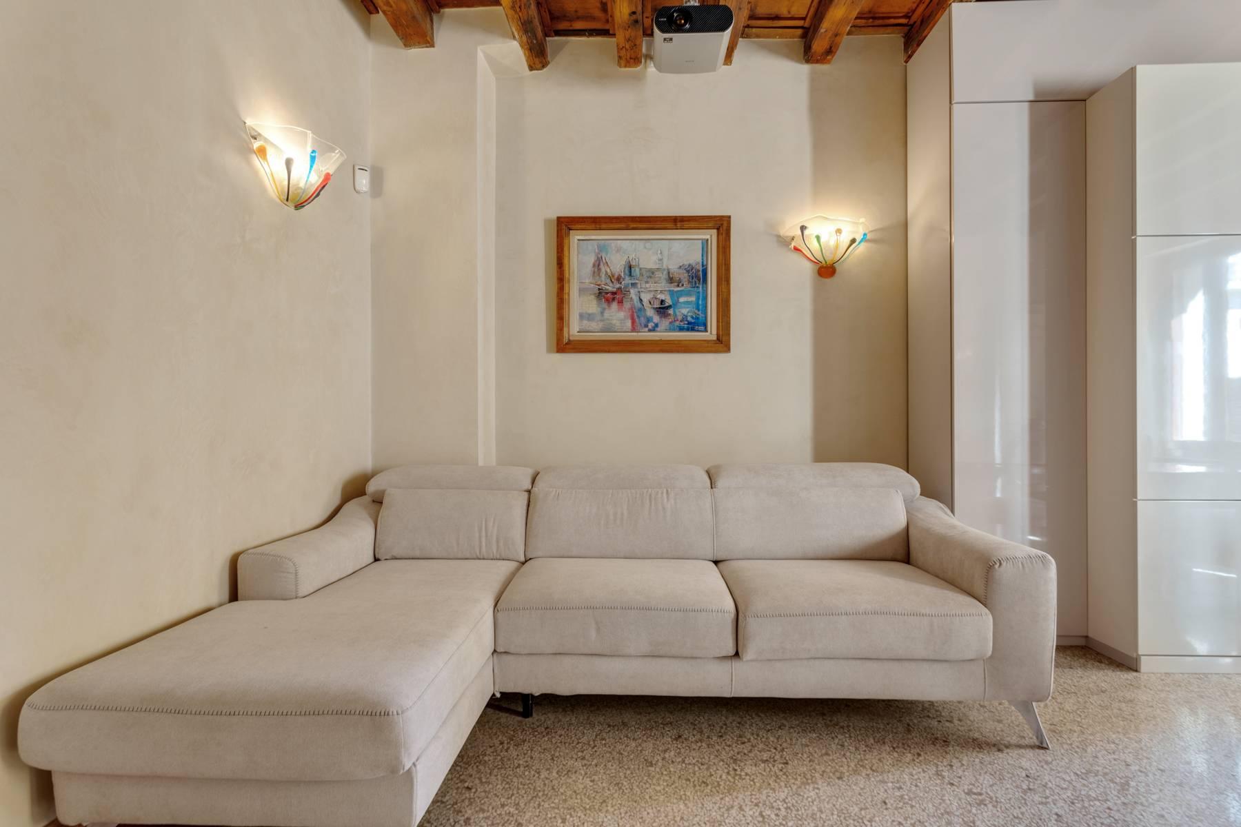 Appartamento in Vendita a Verona: 3 locali, 55 mq - Foto 4
