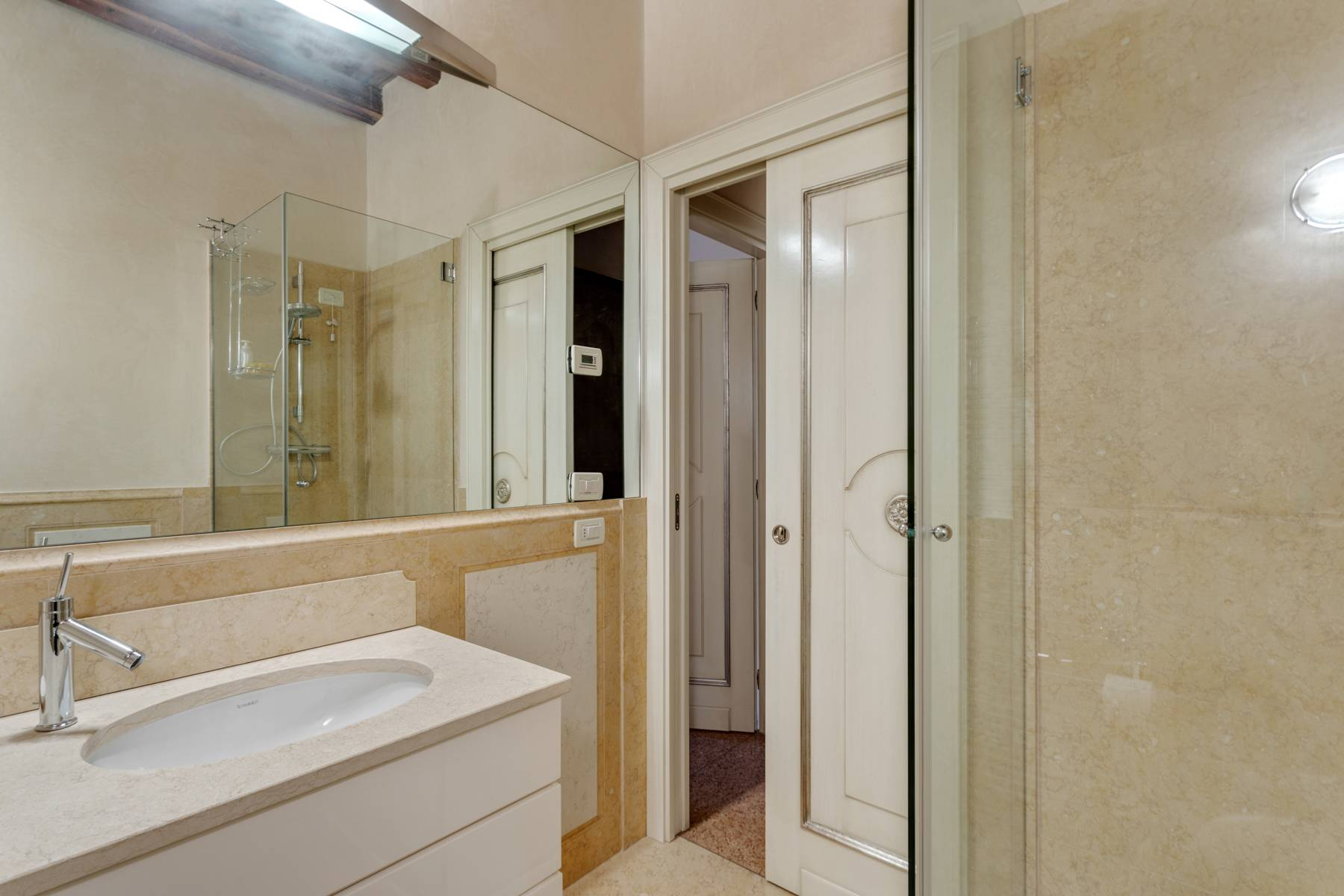 Appartamento in Vendita a Verona: 3 locali, 55 mq - Foto 9