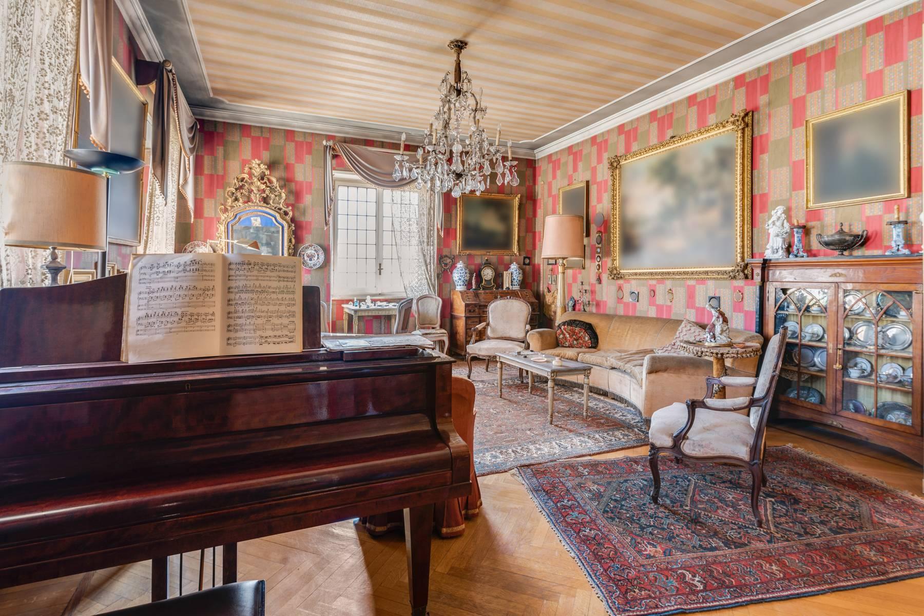 Appartamento in Vendita a Torino: 5 locali, 290 mq - Foto 2