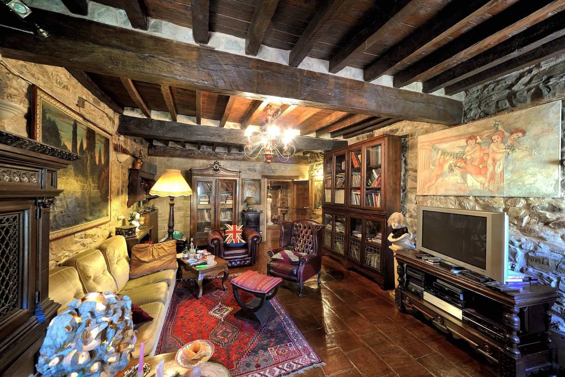 Villa in Vendita a Viano: 5 locali, 374 mq - Foto 3