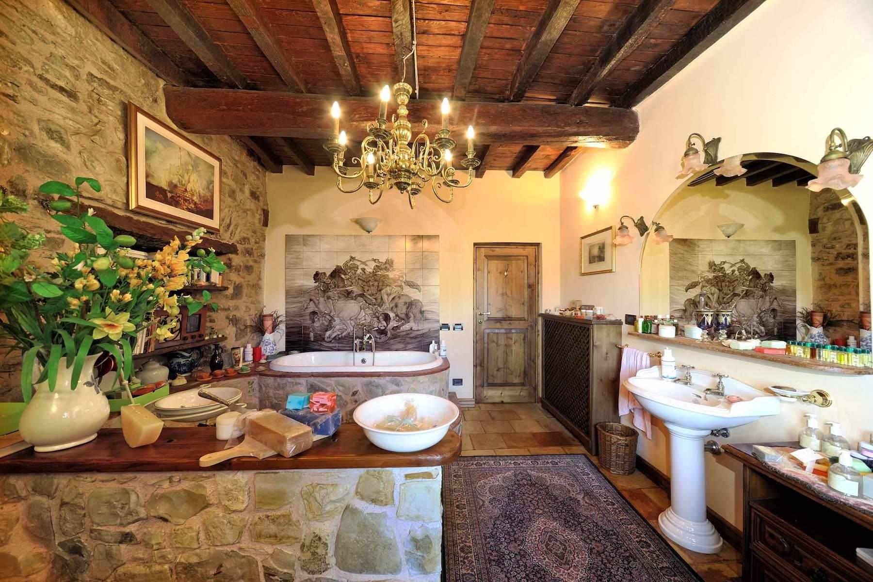 Villa in Vendita a Viano: 5 locali, 374 mq - Foto 25