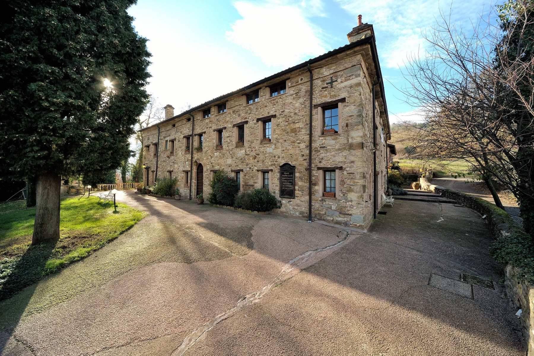Villa in Vendita a Viano: 5 locali, 374 mq - Foto 1