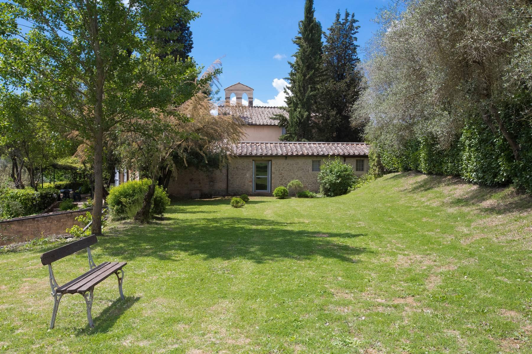 Villa in Vendita a Siena via degli argostoli