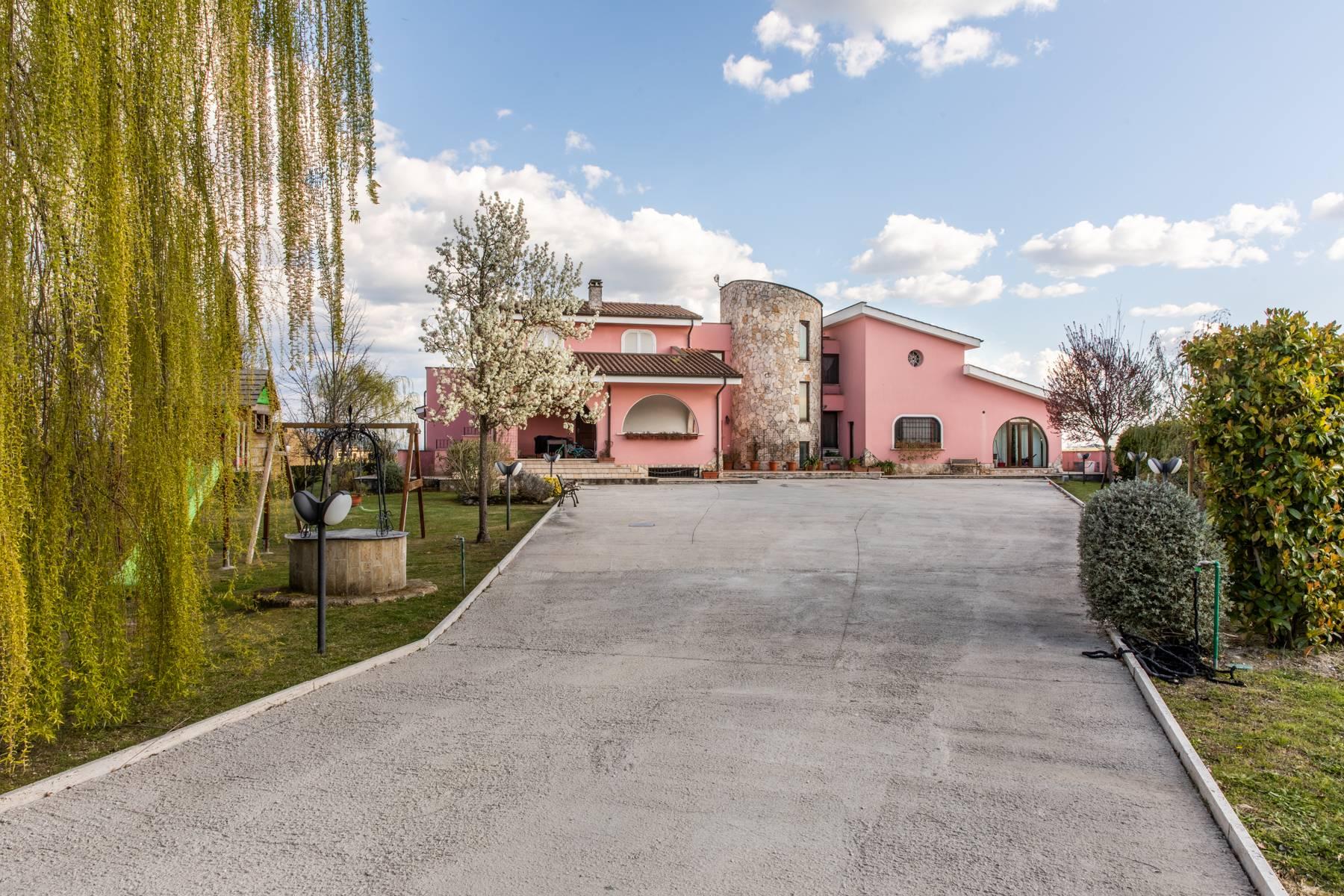 Villa in Vendita a Rignano Flaminio