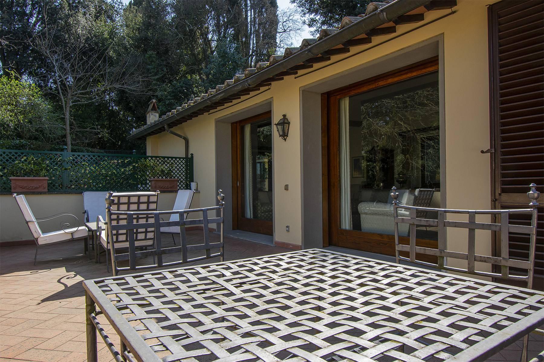 Appartamento in Vendita a Firenze: 5 locali, 182 mq - Foto 2