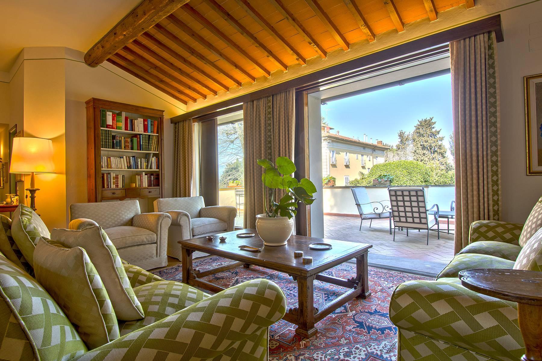 Appartamento in Vendita a Firenze: 5 locali, 182 mq - Foto 1