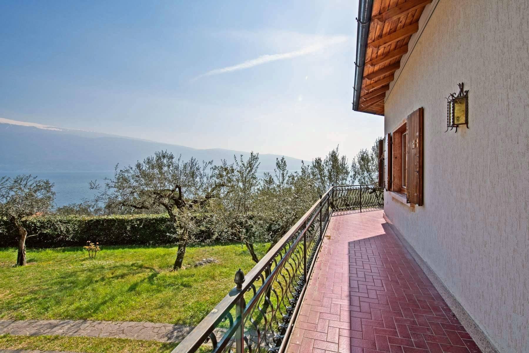 Villa in Vendita a Gargnano: 5 locali, 330 mq - Foto 2