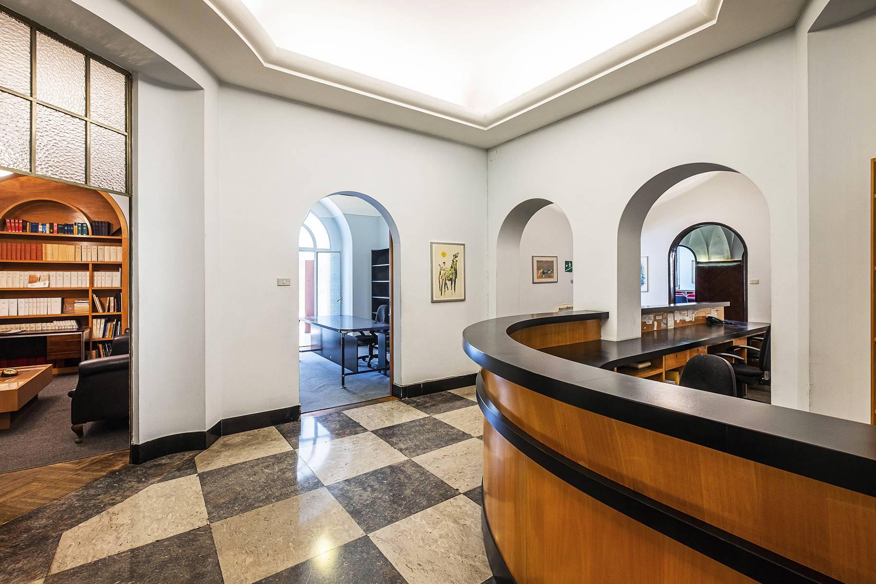 Ufficio-studio in Vendita a Roma: 5 locali, 450 mq - Foto 3