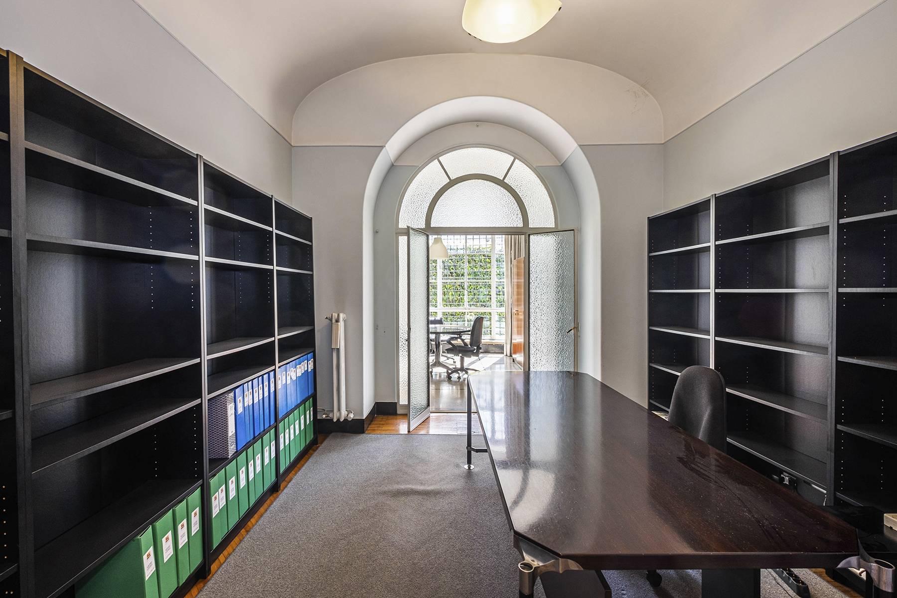 Ufficio-studio in Vendita a Roma: 5 locali, 450 mq - Foto 8