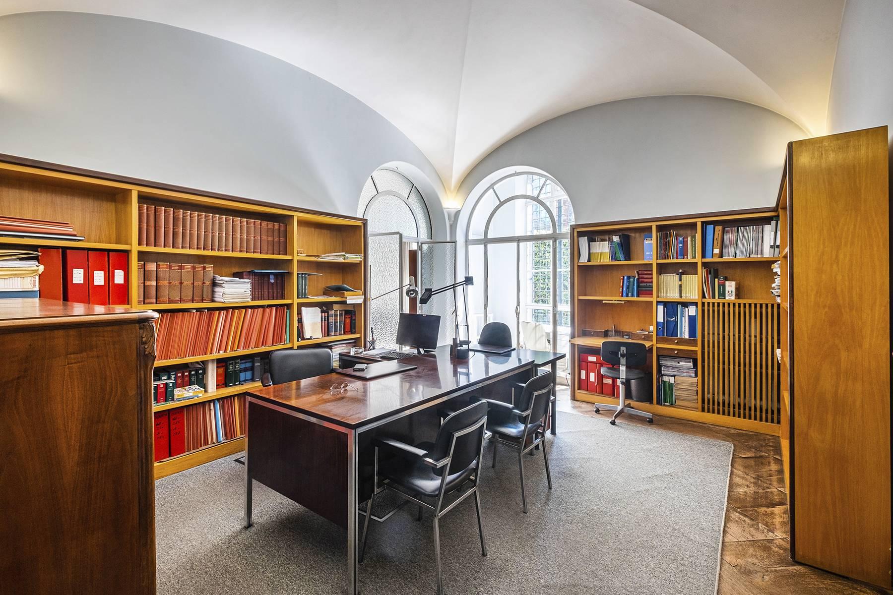 Ufficio-studio in Vendita a Roma: 5 locali, 450 mq - Foto 11