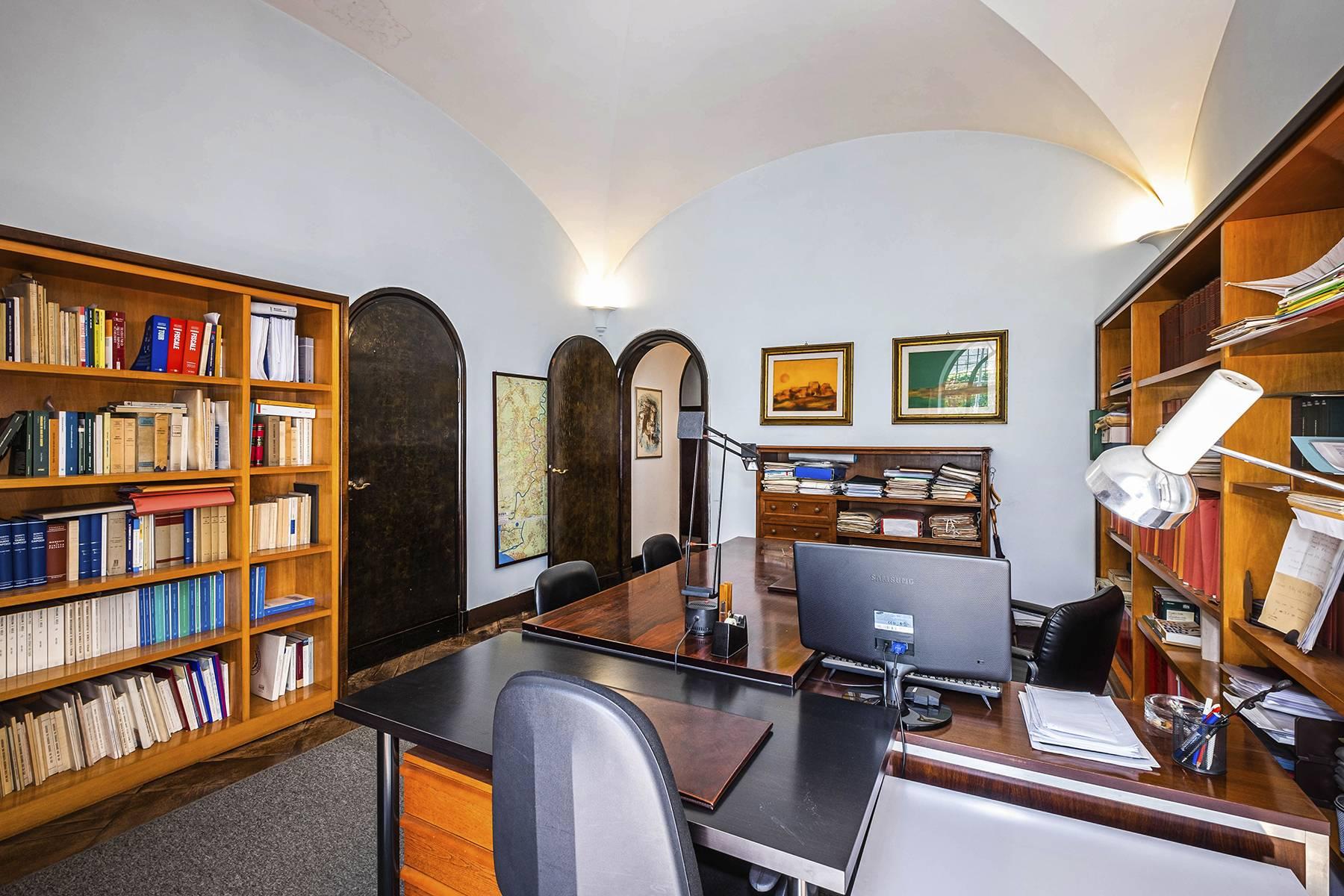 Ufficio-studio in Vendita a Roma: 5 locali, 450 mq - Foto 12