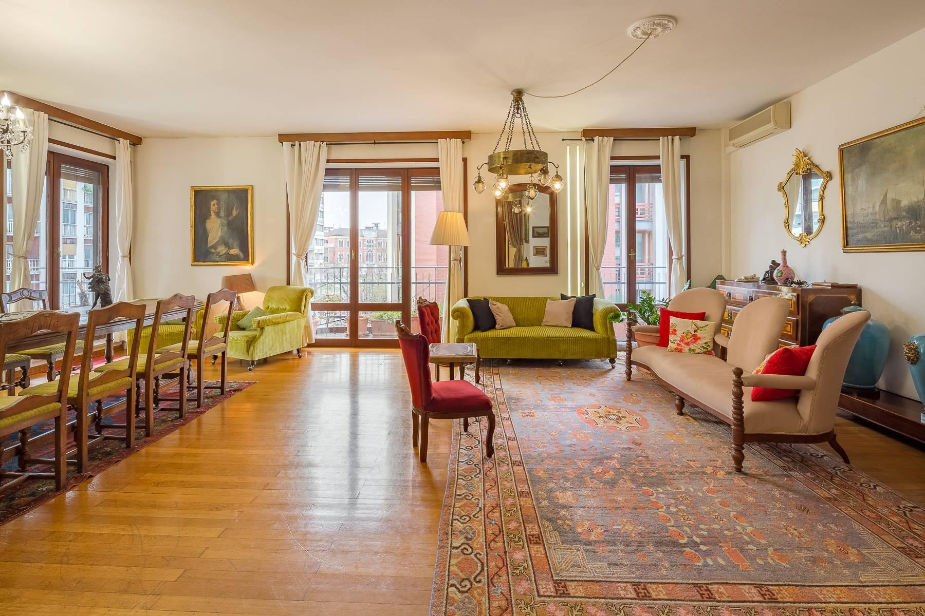 Appartamento in Vendita a Milano via giotto